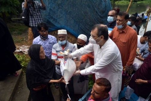 Visit the mostly flood affected areas of Dhaka-9 and distribution of the relief goods among the flood affected peoples. 5th August, 2020.